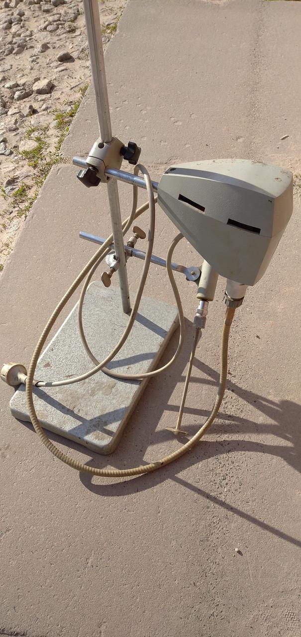 Лабораторная мешалка электрическим регулируемым  верхним приводом(ГДР)