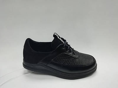 Черные туфли на шнуровке. Маленькие размеры (33 - 35 ).
