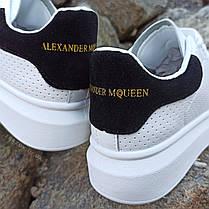 Кросівки кріпери ALEXANDER MCQUEEN |копія| білі розміри 36-41 на товстій підошві високі шкіряні перфорація, фото 3