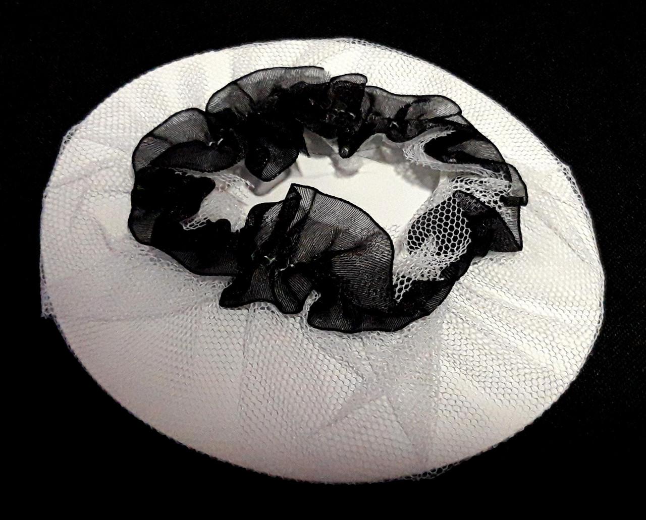 Сеточка на гульку/пучок 2 шт белая с черной рюшей