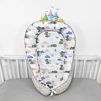 Кокон-позиционер для сна новорожденных в серо-голубых тонах с мишками