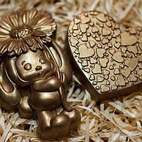 """Подарок сувенир Шоколадный подарочный набор - """"Зайка и сердце"""" - молочный шоколад"""