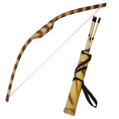 Игрушечный лук и стрелы