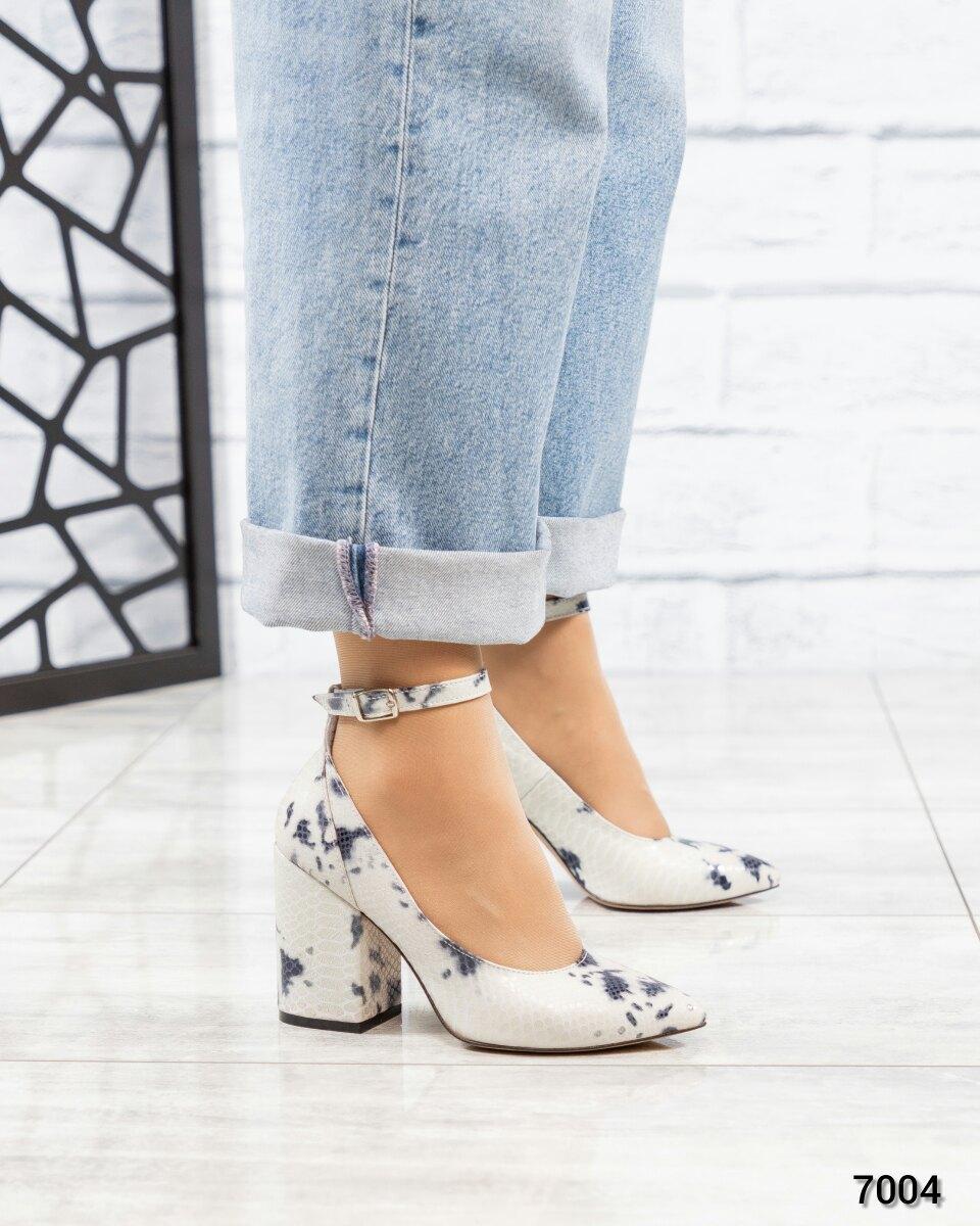 Туфли с ремешком женские кожа