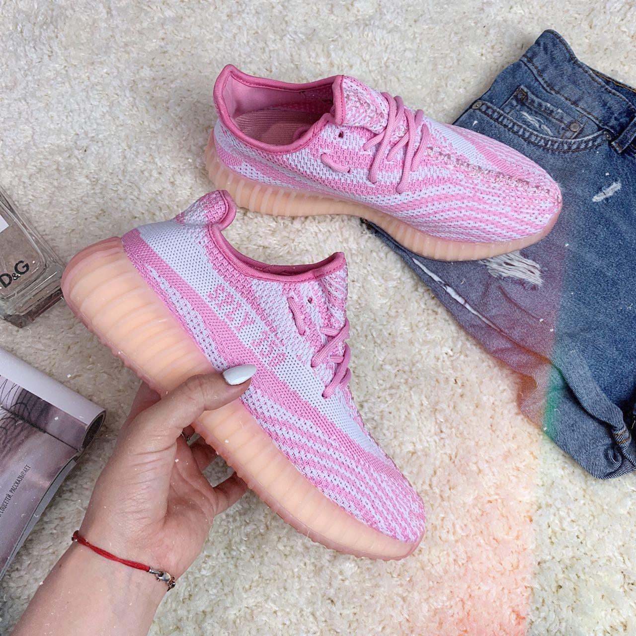 Кроссовки женские Adidas Yeezy Boost 30783 ⏩ [ 37, 39 ]