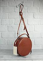 Круглая сумочка через плечо David Jones 6145-2 коричневая с тиснением под крокодила, фото 1
