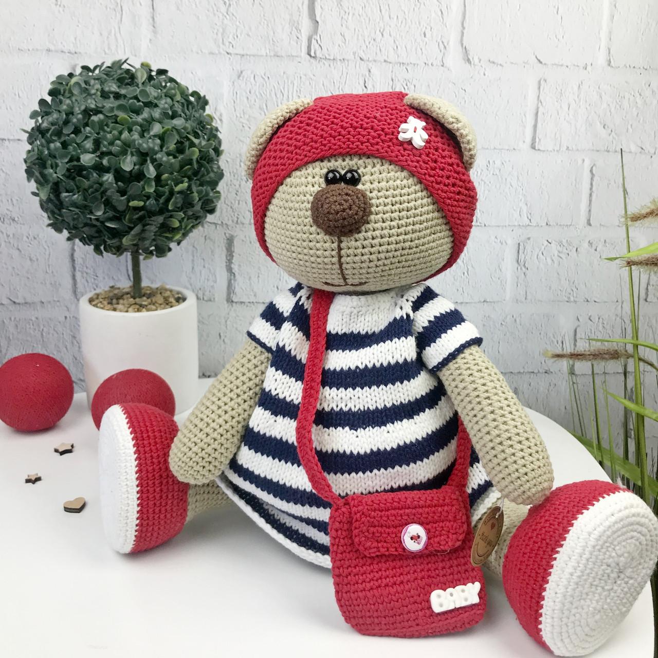 Вязаная детская игрушка ручной работы «Медведица»