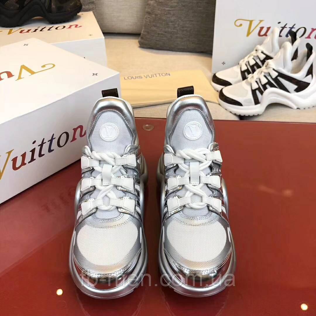 Серебрянные кроссовки Louis Vuitton