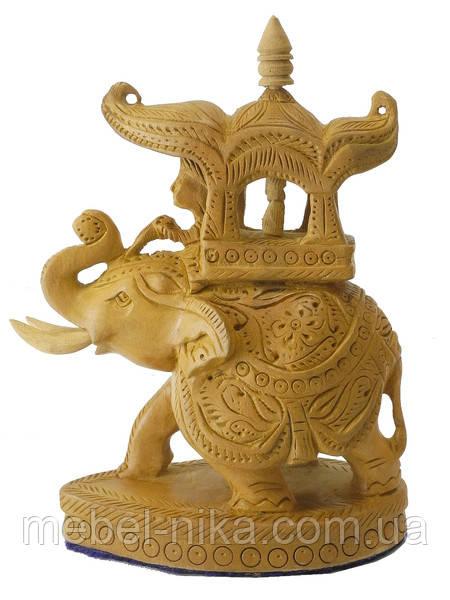 Слон из желтого дерева с наездником и львом (сд-39)
