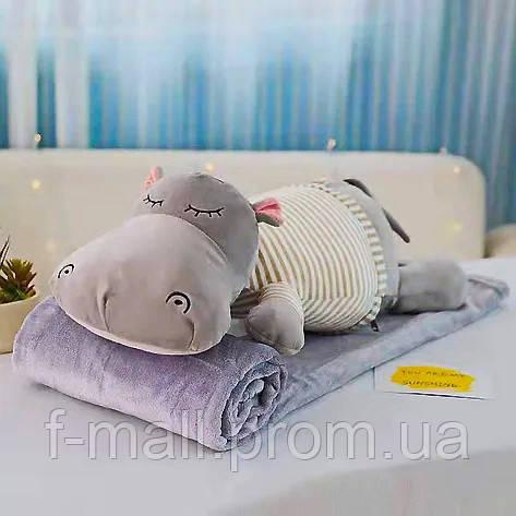 Плед мягкая игрушка 3 в 1 Бегемотик серый в бежевой тельняшке  (39)