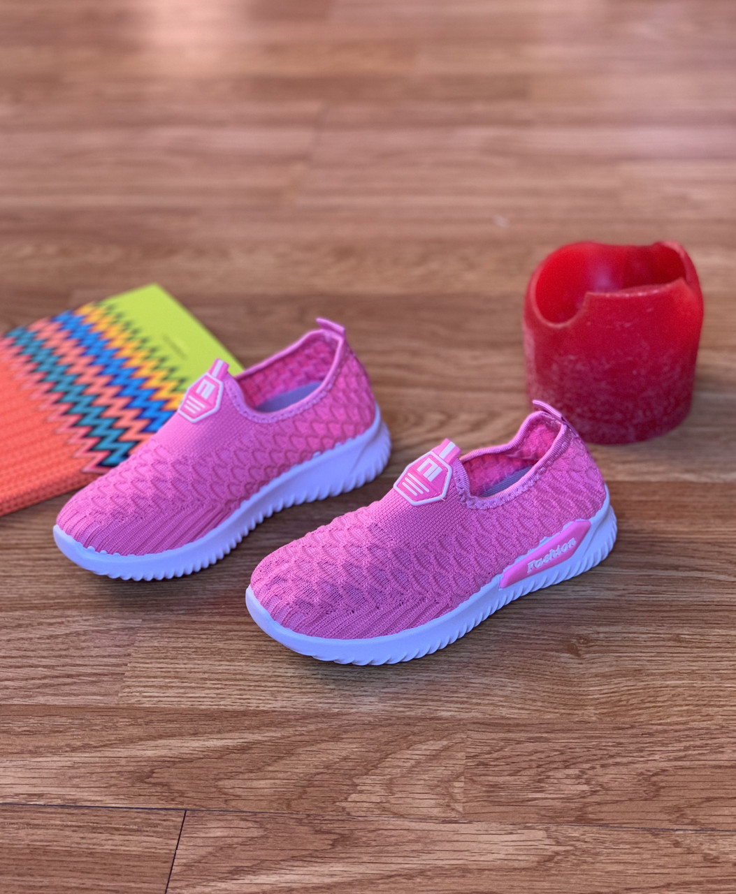 Кросівки дитячі для дівчинки рожеві сліпони