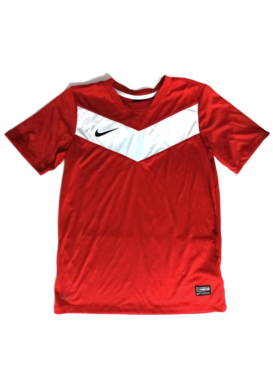 Футболка Nike 147-158см Красный