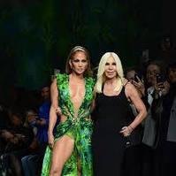 Versace Женская весна-лето 2020   Показ мод