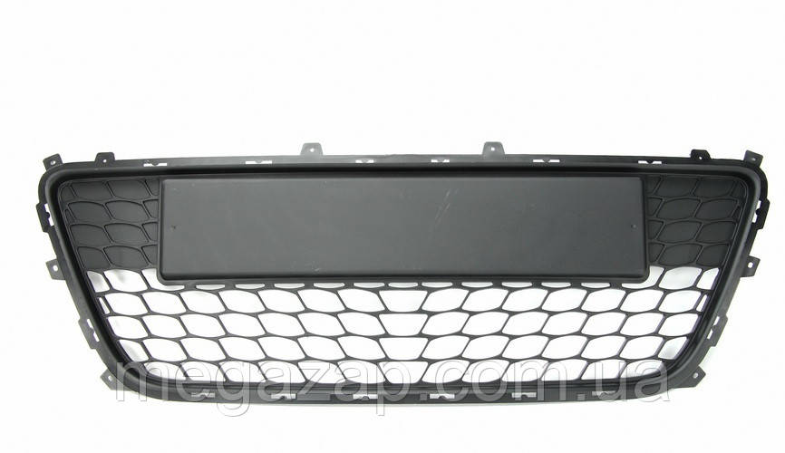 Решетка переднего бампера Hyundai i30 (07-10)