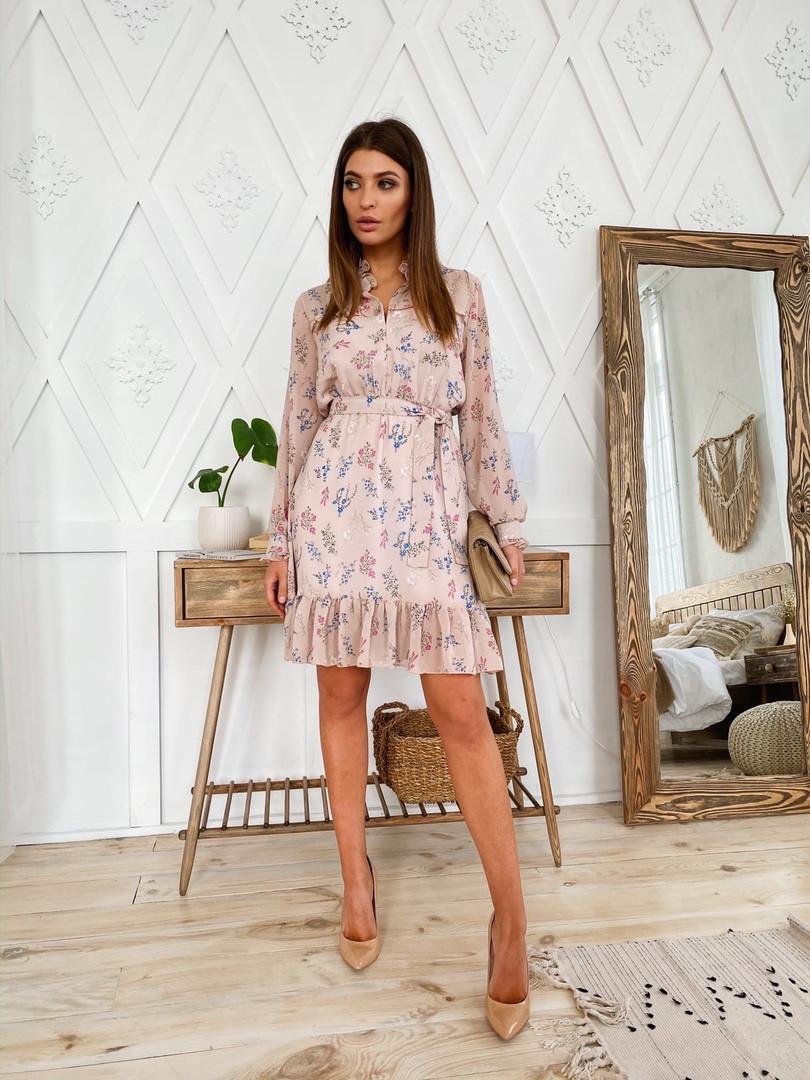 Женское стильное короткое платье с модным принтом