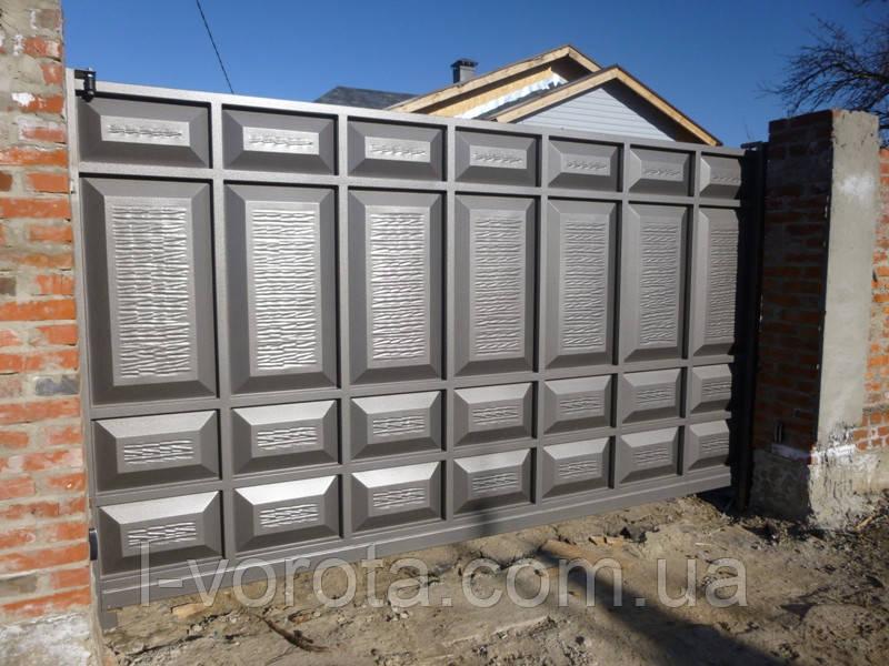 Автоматические филенчатые откатные ворота 3700 на 2000 (асимметричные филенки)