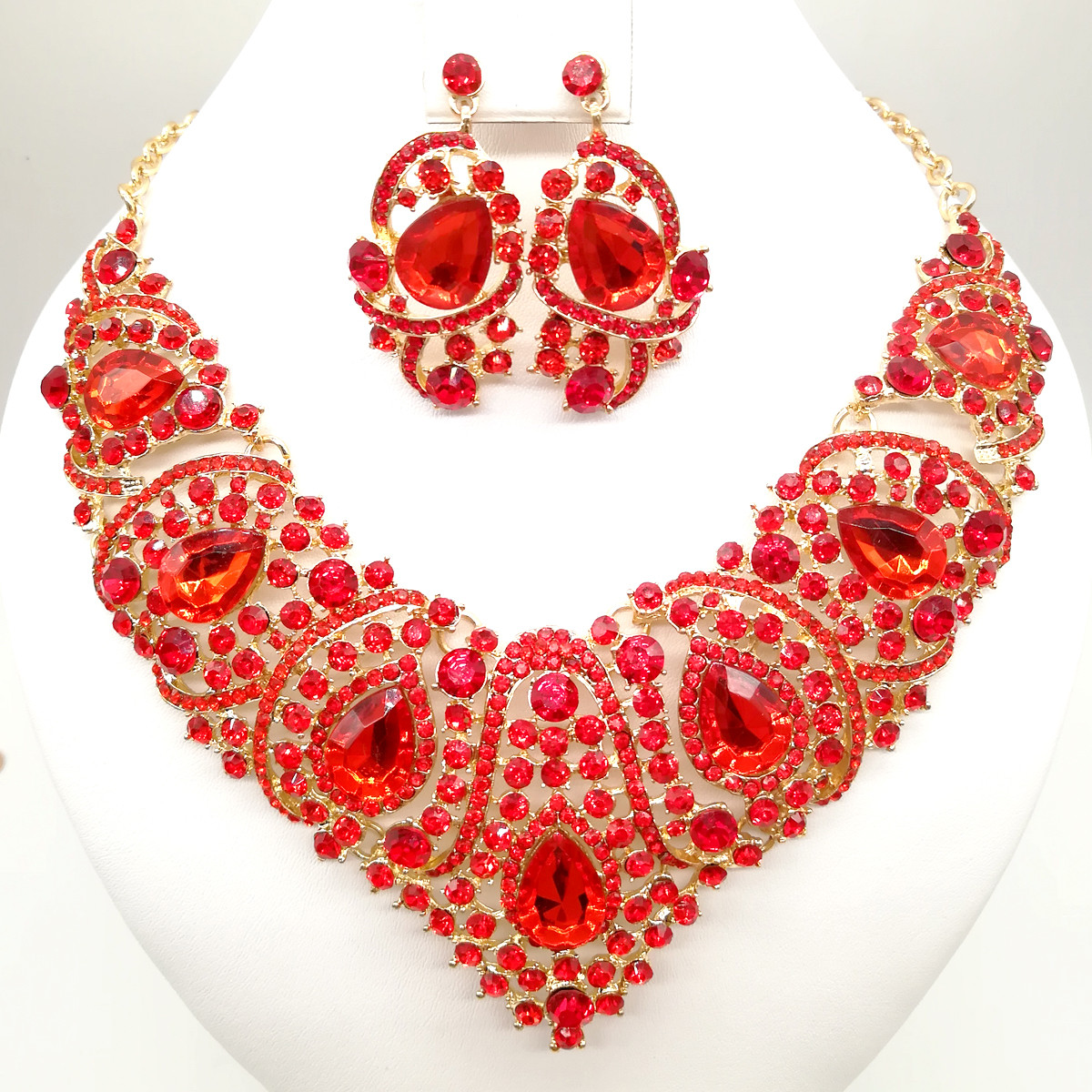Комплект SONATA (Колье + серьги), красные камни, 63336       (1)