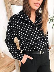 Стильная женская рубашка в горошек