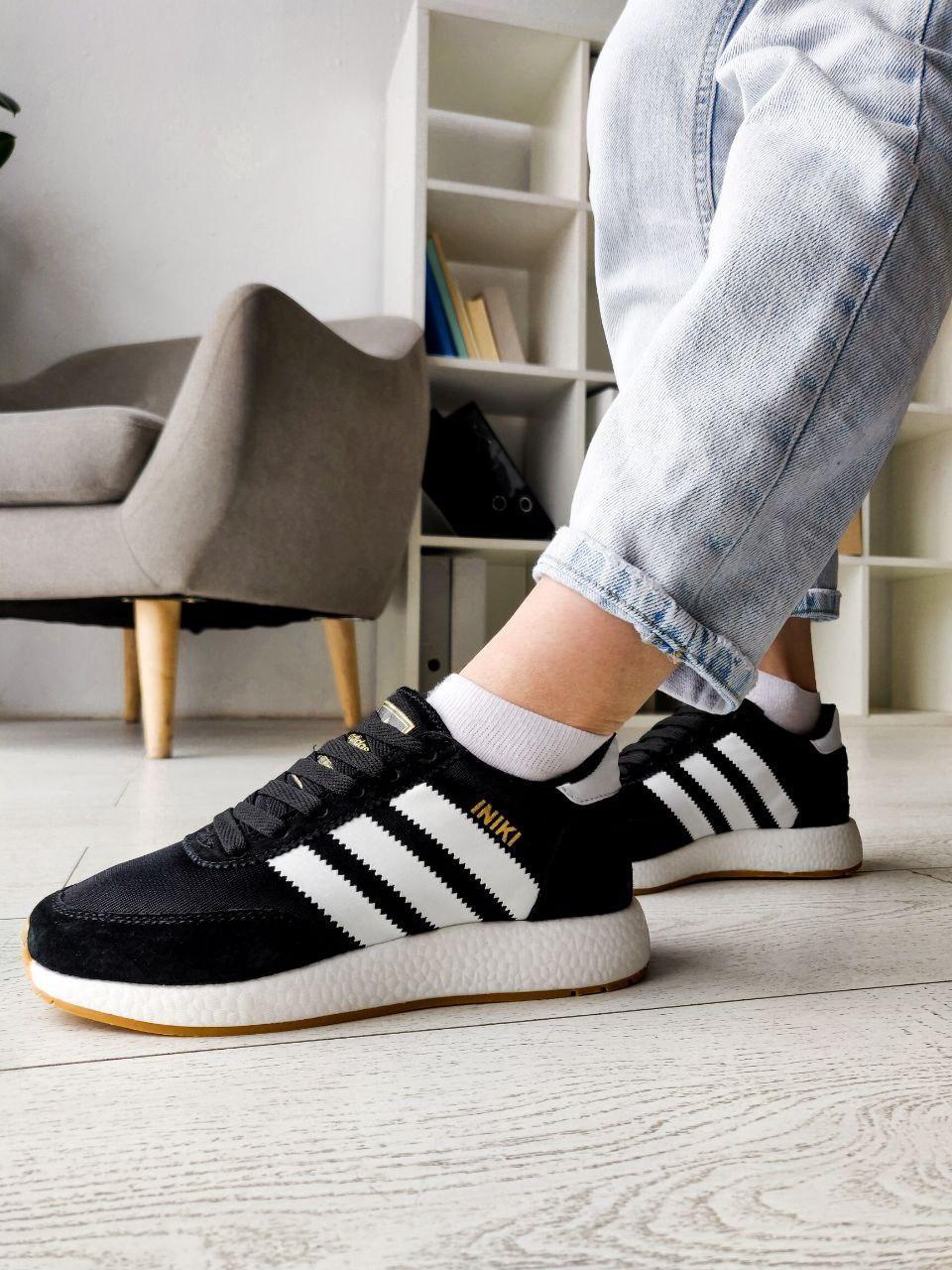 Жіночі кросівки Adidas Iniki Runner ,Репліка