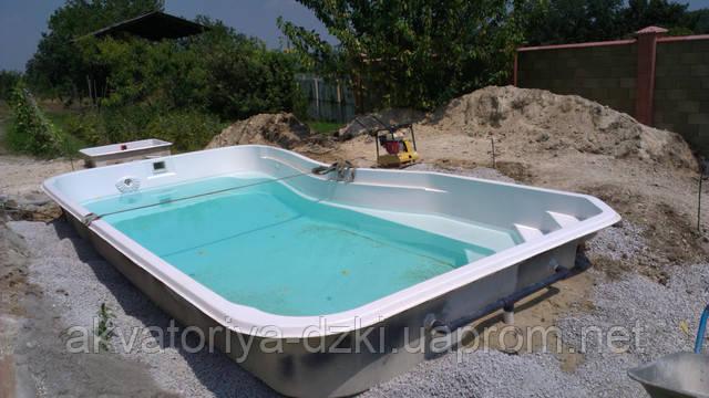 Стекловолоконный композитный бассейн, установка