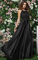Черное вечернее платье в пол на тонких бретелях из атласа