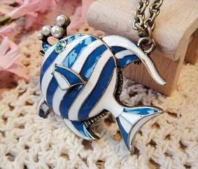 Кулончик   Полосатая рыбка  на цепочке
