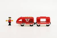 BRIO World АКСЕССУАРЫ ТРАНСПОРТ Пассажирский поезд с USB подзарядкой, вагоном и машинистом 33746