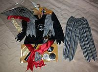 Карнавальный костюм пирата и 24 аксессуара из США на 3-6 лет