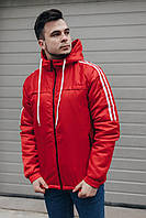 Демисезонная мужская куртка с капюшоном красного цвета