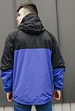 Мужская куртка-ветровка с капюшоном  (черно/синяя), фото 2