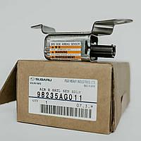 Датчик подушки безопасности (удара) SRS Субару 98235AG011