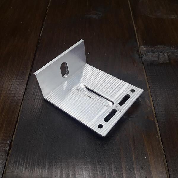 Кронштейн алюминиевый для вентилируемых фасадов 90х75х40х3/4