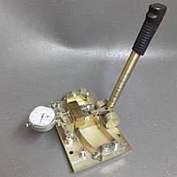 Разводное устройство с индикатором для ленточных пил
