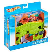 Детский Игровой набор Хот Вилс Гараж с призраками с машинкой и рычажком Ghost Garage Hot Wheels Mattel