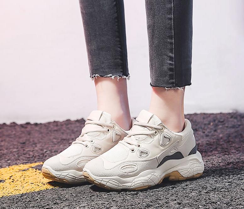 Модні жіночі кросівки