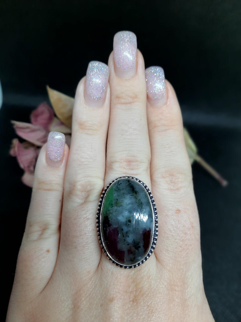 Рубин в породе цоизит кольцо овал с рубином 20 размер природный рубин в серебре Индия