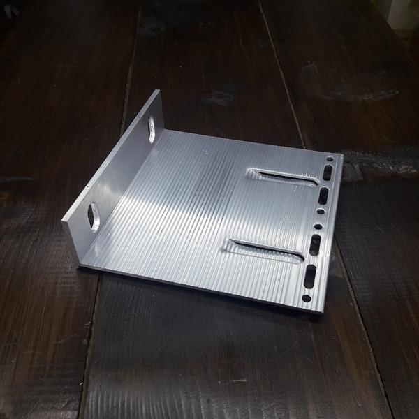 Кронштейн алюминиевый для вентилируемых фасадов 150х150х40х3/4