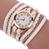 Красивые белые женские часы