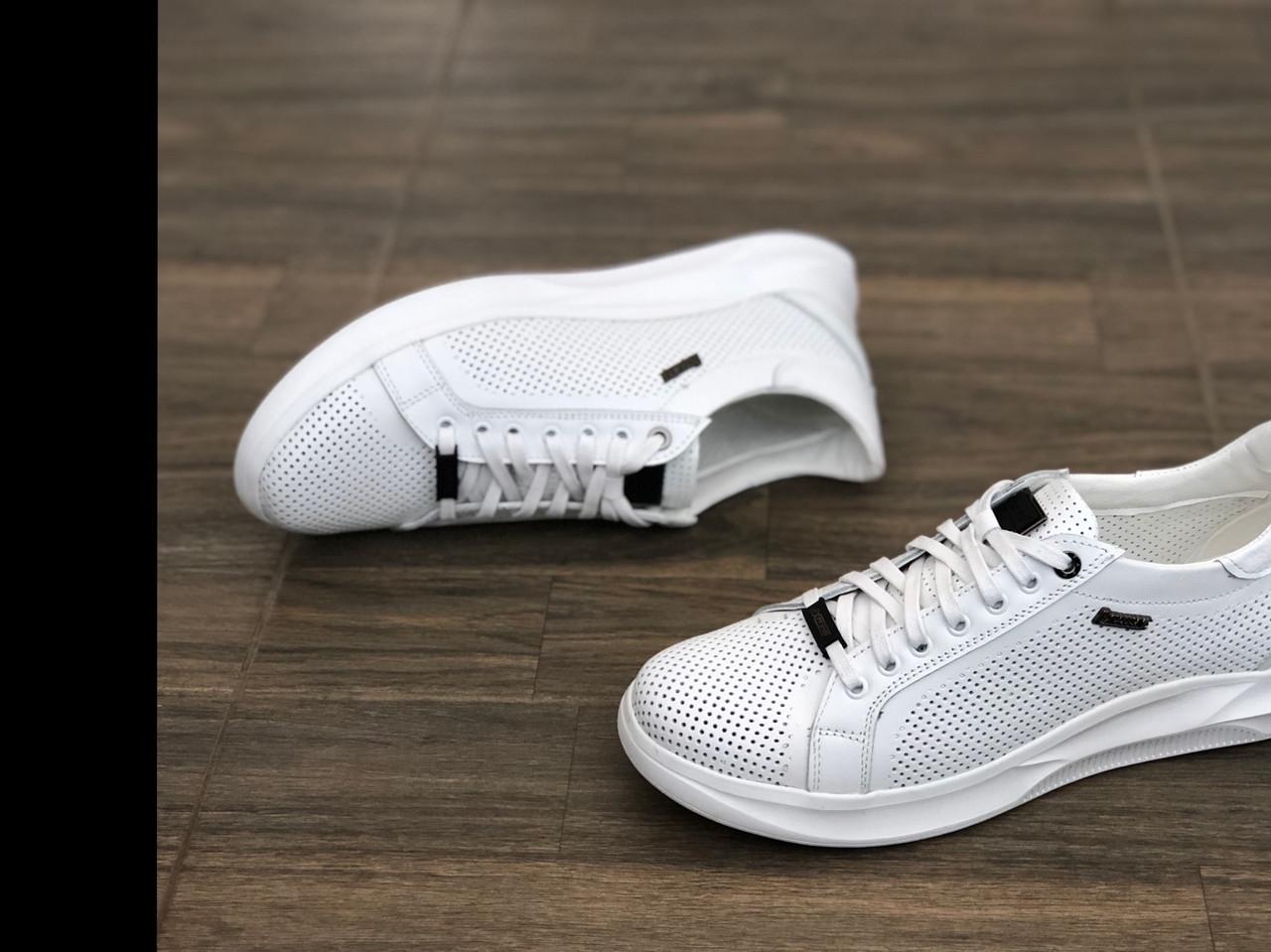 Шкіряні кросівки чоловічі EXTREM 1736 б розміри 40-45