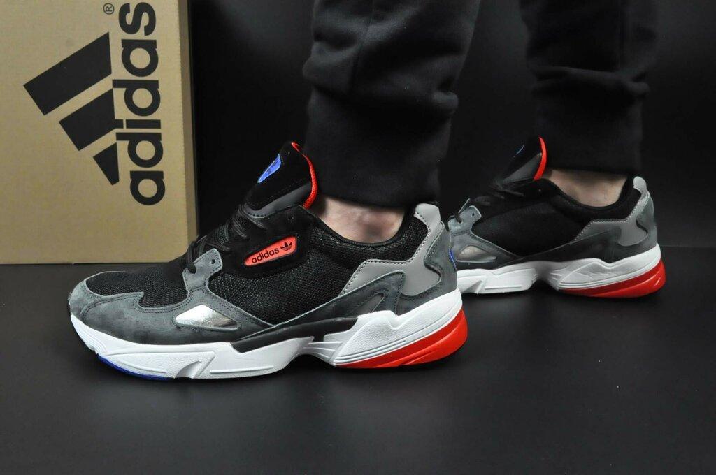 Чоловічі кросівки чорні з сірим на білій підошві сітка і натуральний замш в стилі Adidas