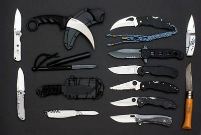 Мульті інструмент, мультітули, ножі