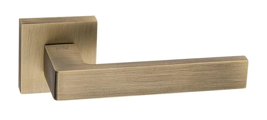Ручки для дверей Emporio ESSENZA бронза