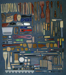 Инструменты и аксессуары для художников
