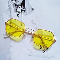 Солнцезащитные многоугольные очки  с цветной линзой Желтый