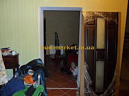Установка межкомнатных дверей в частном доме 3