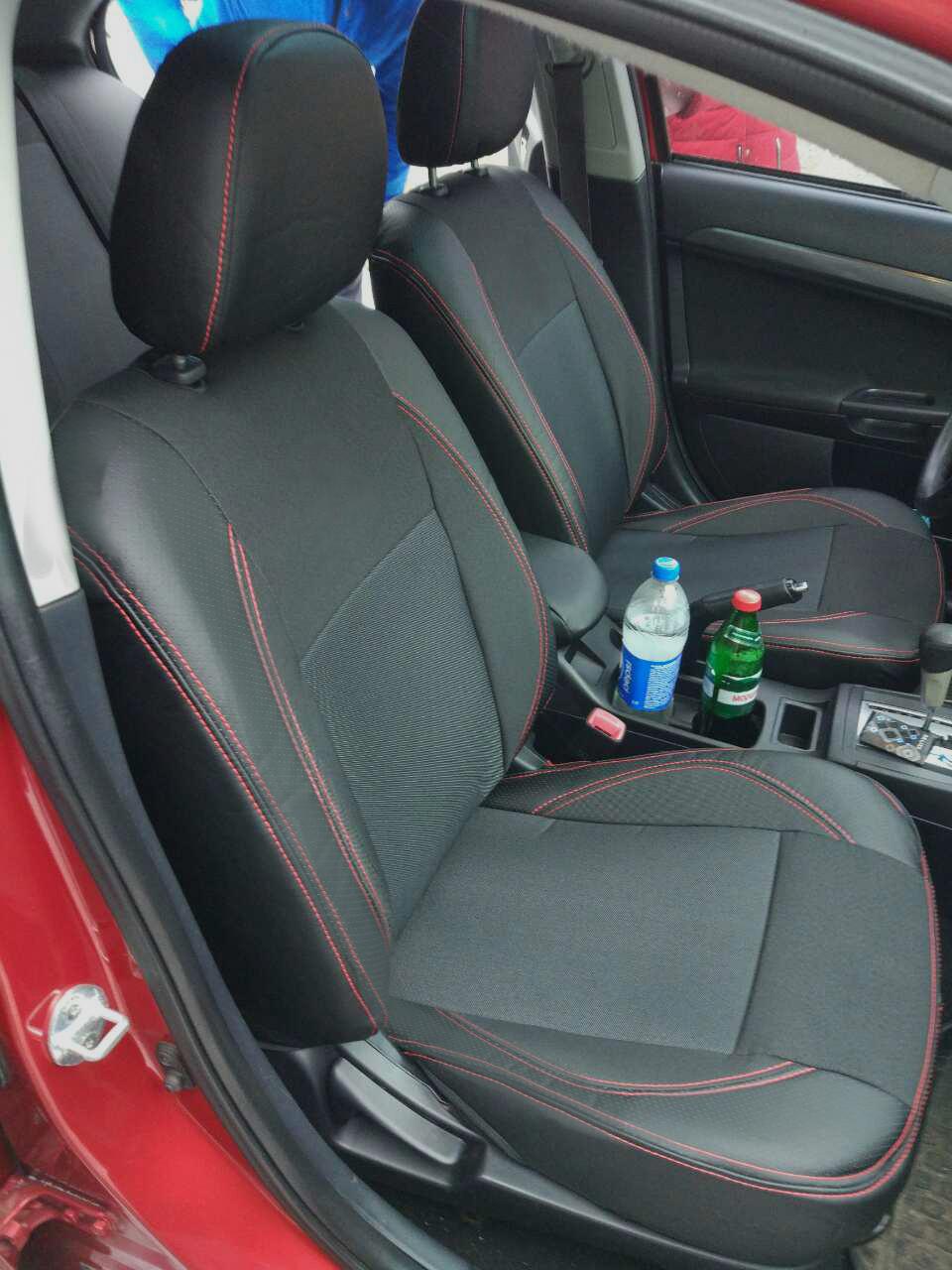 Чехлы на сиденья Форд Фокус 3 (Ford Focus 3) (модельные, экокожа+автоткань, отдельный подголовник)