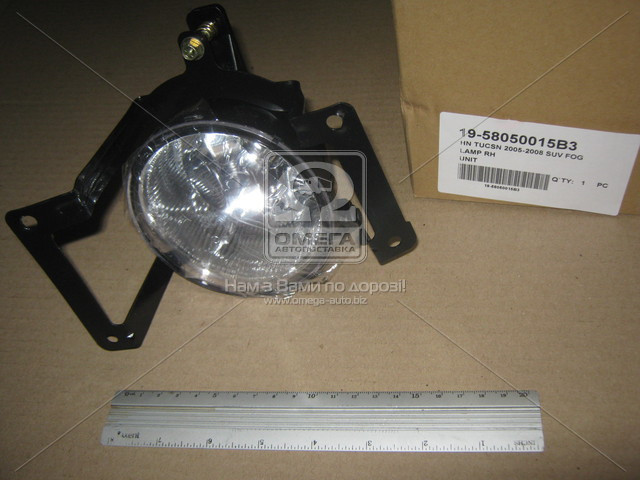 Фара противотуманки права передня Hyundai TUCSON