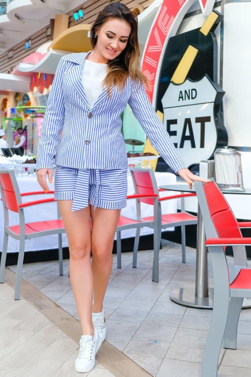 Модные костюмы Монте Карло, голубой