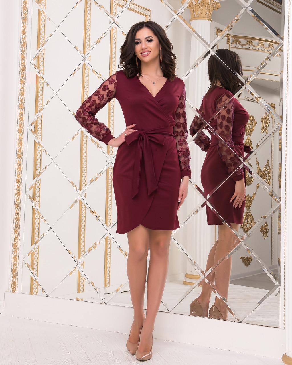 Ошатне плаття бордового кольору