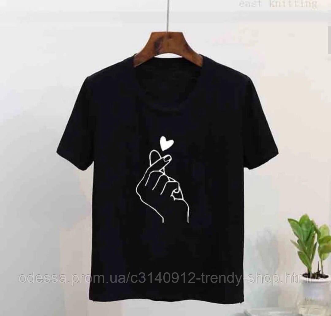 Футболка женская с рисунком чёрная белая
